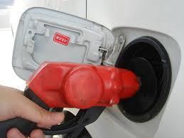 日産キャラバンの価格と、日産キャラバンの燃費は本当に悪いの?