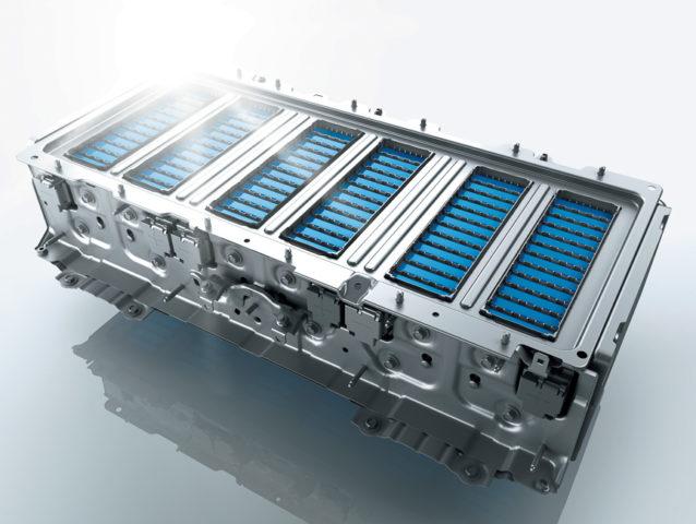 アコード ハイブリッド バッテリー 寿命 容量